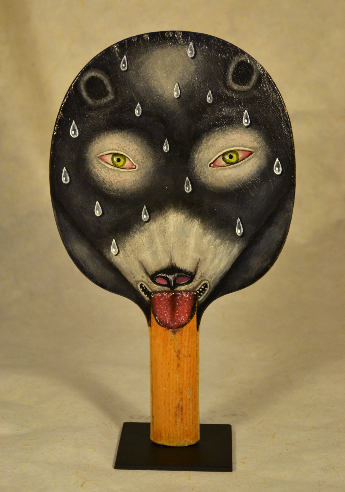 Fred Stoenhouse, Bear padle, 2018, acrylic on vintage ping-pong paddle,  26×16 cm