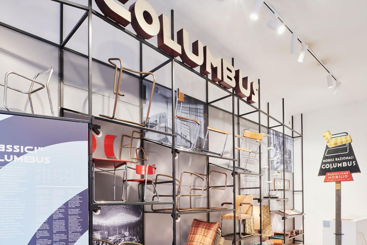 Columbus-Continuum.-Flessibili-Splendori,-Columbus-e-il-mobile-in-tubo-metallico,-installation-view,-photo-credit-Max-Rommel-(11)