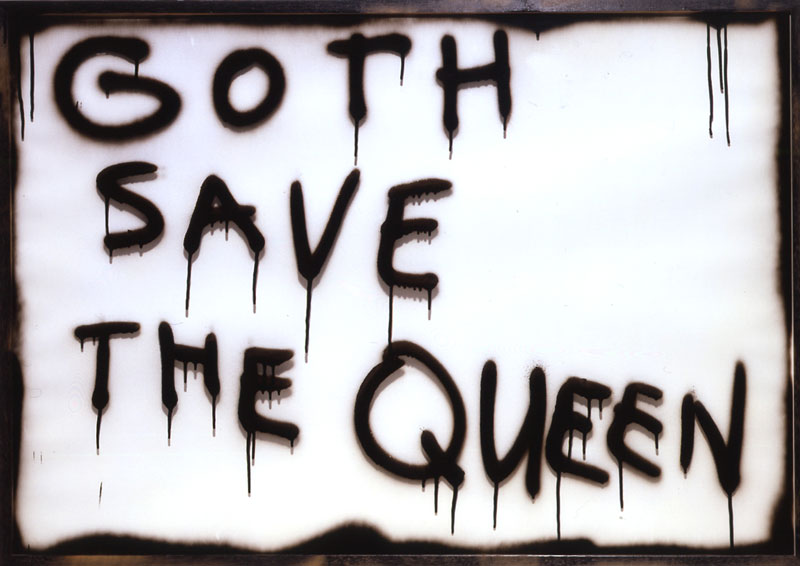 MARC BIJL, Goth save the queen,02, smalto su vetro e legno, 72x103 cm