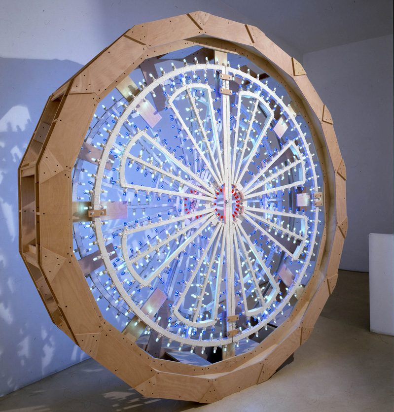 Pierluigi Calignano, Scultura 1, 2007, wood, steel, lights, 290×63 cm