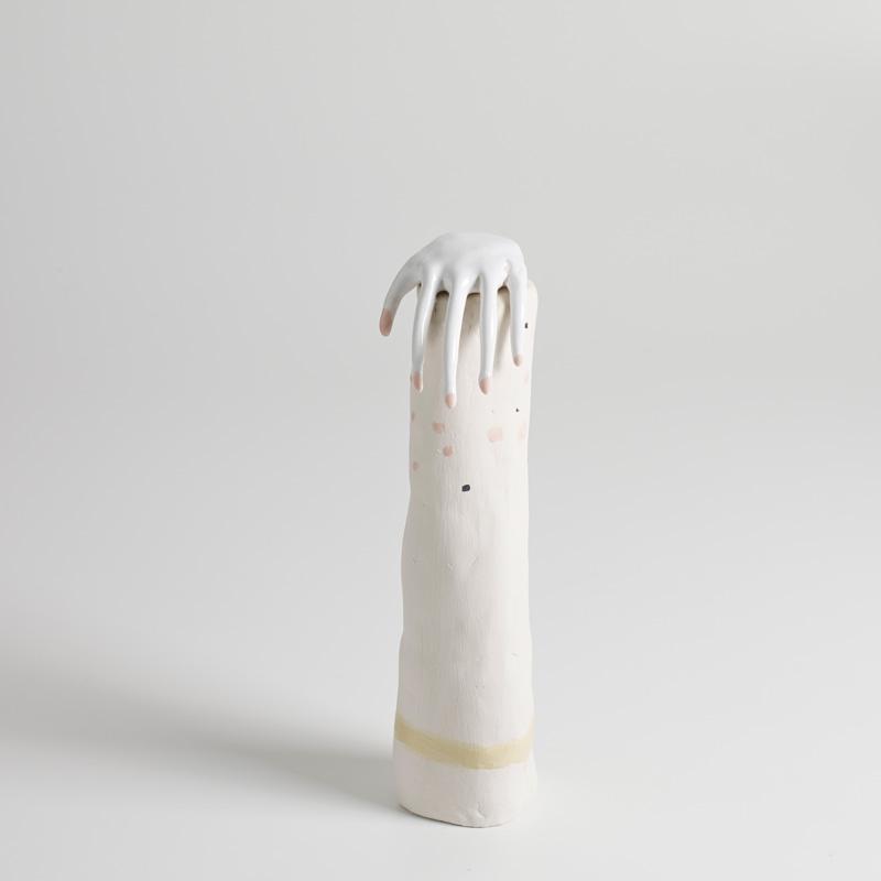 Lusesita, Cilindro, 2018, ceramic and enamel, 35×10 diam) cm