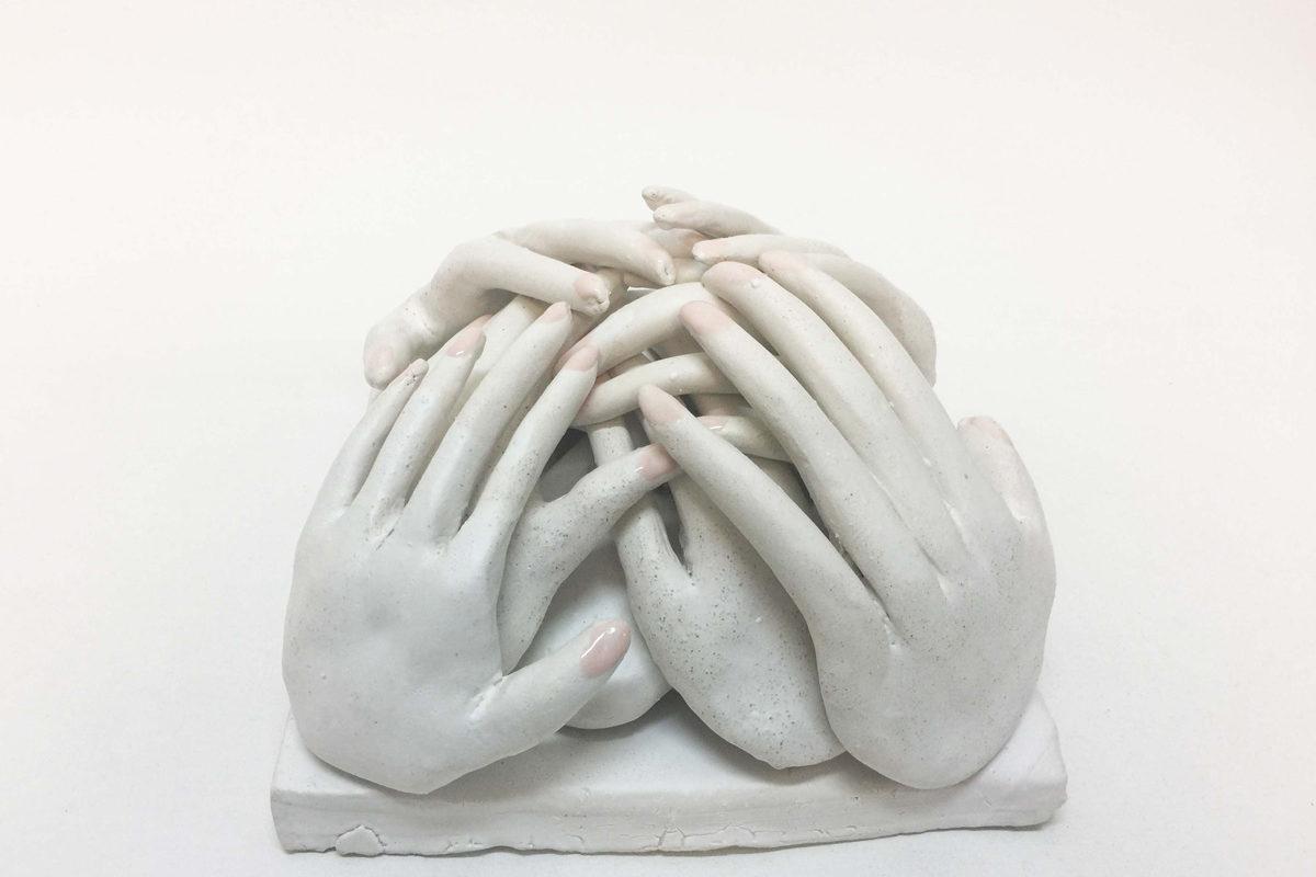 Home Page—Lusesita, Manos A La Obra, 2018, Ceramic And Enamel, 21x21x15cm