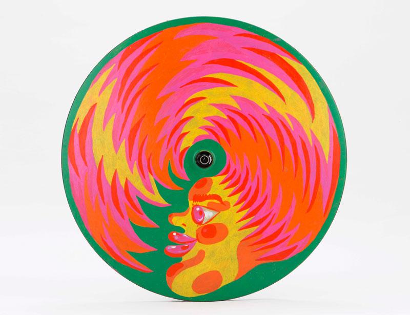 Ana-Benaroya, Untitled, 2020, painted lenticular wheel, diam 63 cm